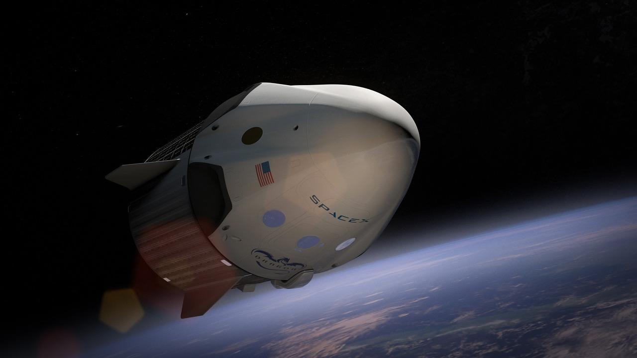 spacex-693229_1280-1503514382553-1503514385533.jpg