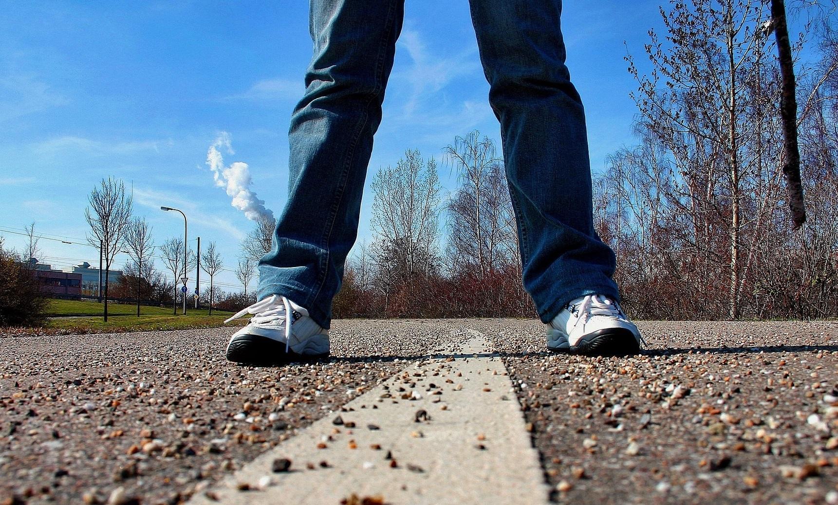 sidewalk-657-1494429882353.jpg