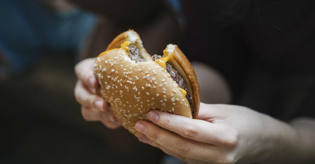burger-1533825457555-1533825459521.jpg