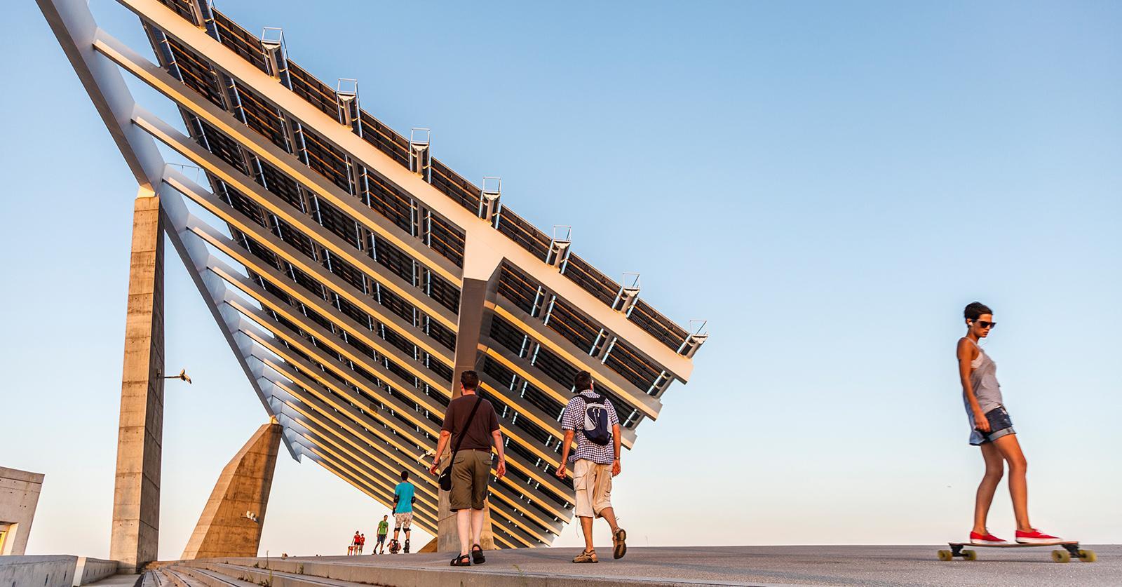 SolarPanelcollege--1534881441906-1534881444307.jpg