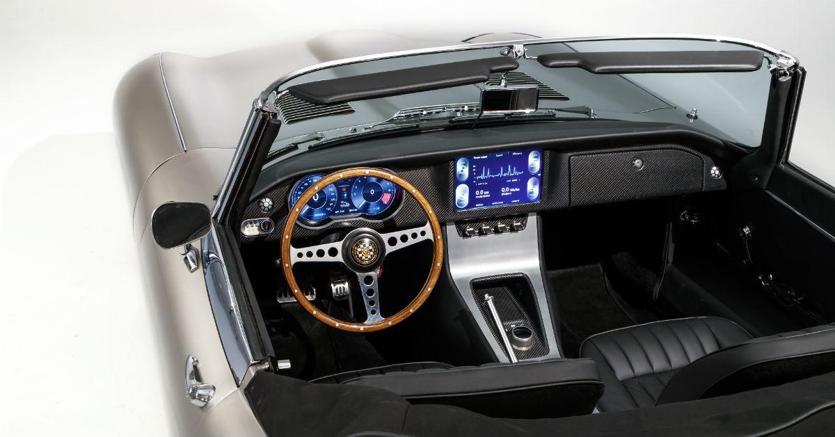 jaguaretypezerointerior-1535570802202-1535570804309.jpg