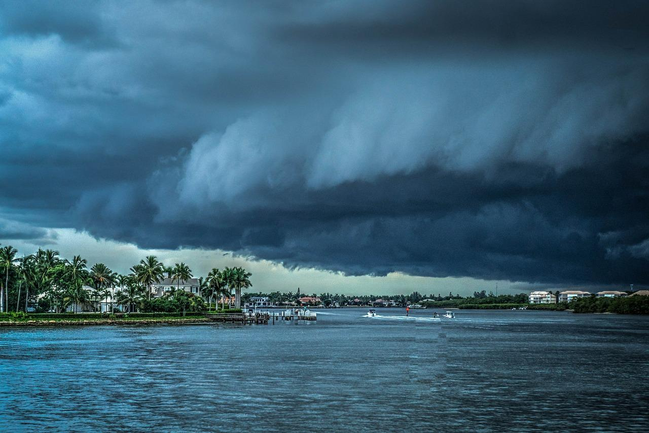 storm-407963_1280-1513368546226.jpg