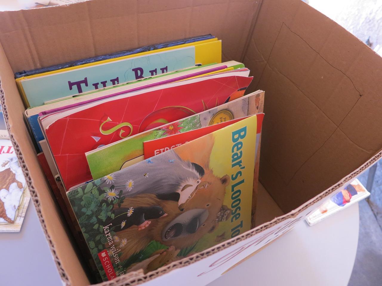 books-2653897_1280-1526937168172.jpg