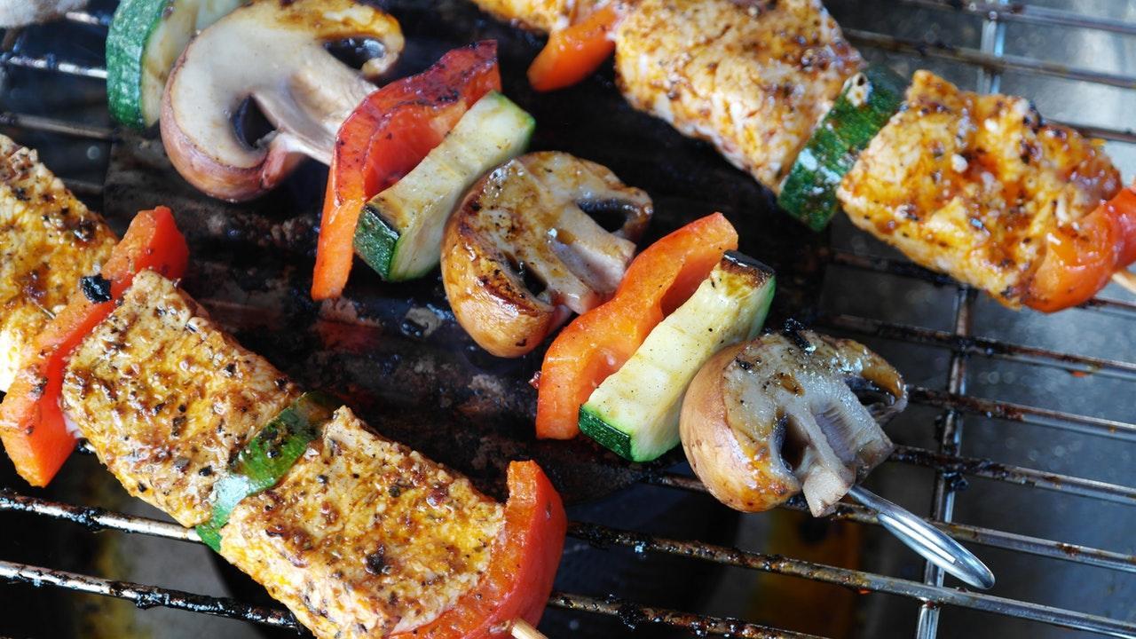 meat-vegetables-gemuesepiess-mushrooms-111131-1532537554231-1532537555840.jpeg