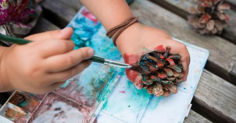 pinecone-crafts-kids-1586792481996.jpg