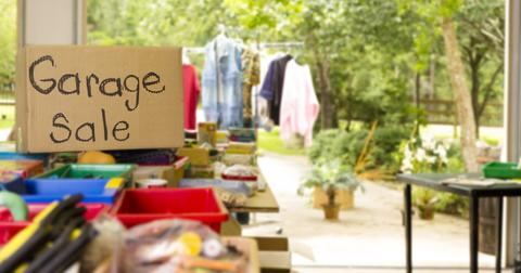donate-clothes-garage-sale-1549651038140-1549651039928.jpg
