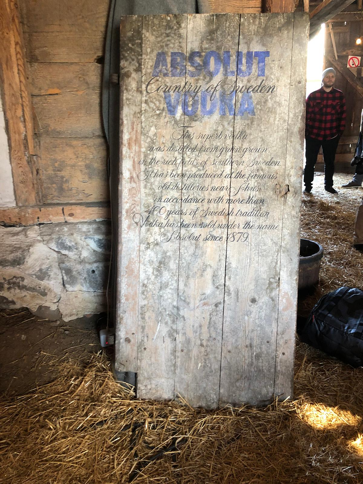 absolut-farmhouse-1562867632276.jpg