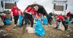 glastonbury festival trash water bottles