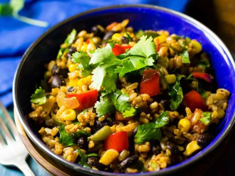 Mexican_Fried_Rice-7_cmp-750x563-1527089817705.jpg