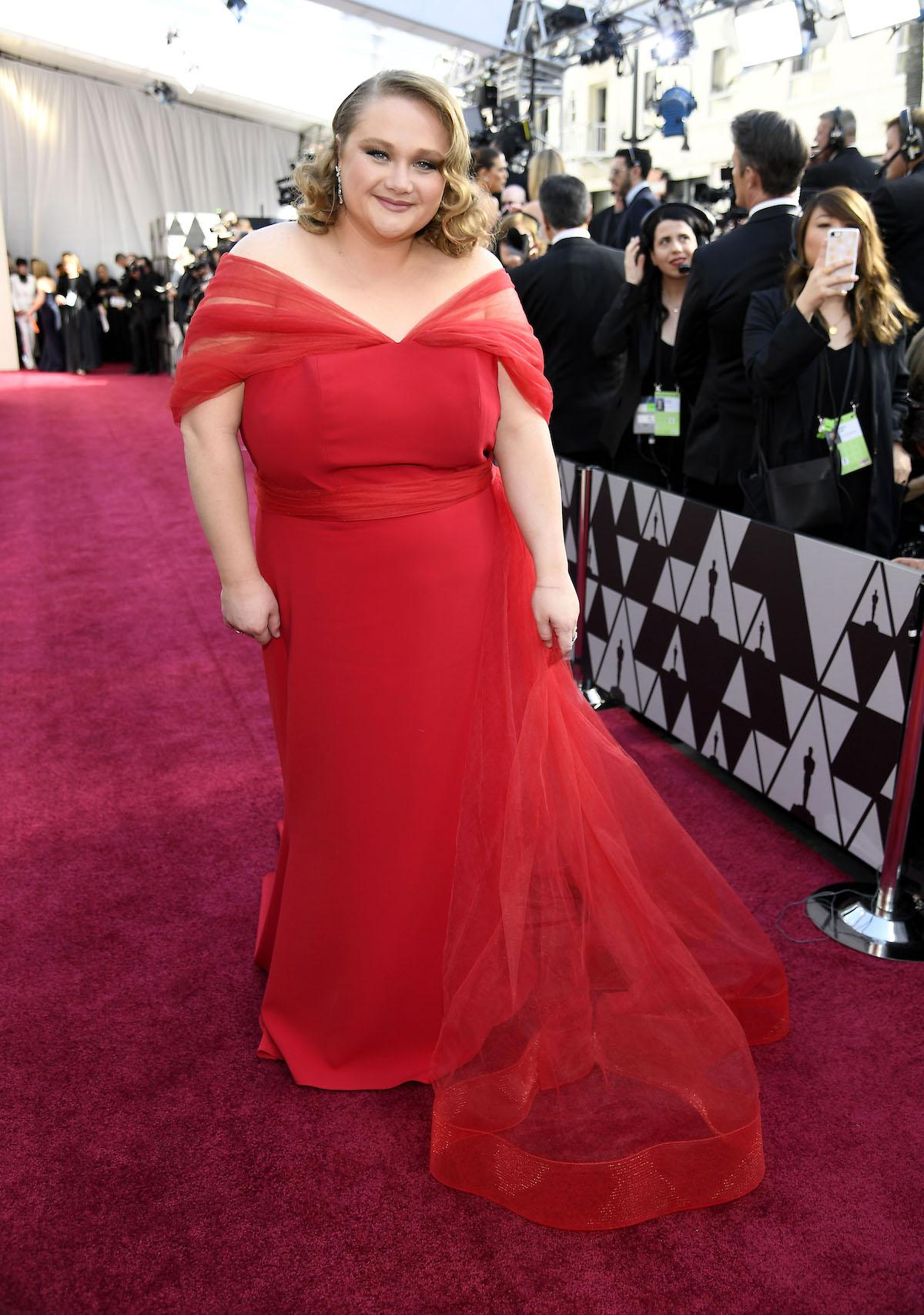 danielle-macdonald-oscars-sustainable-1551111127473-1551111129495.jpg