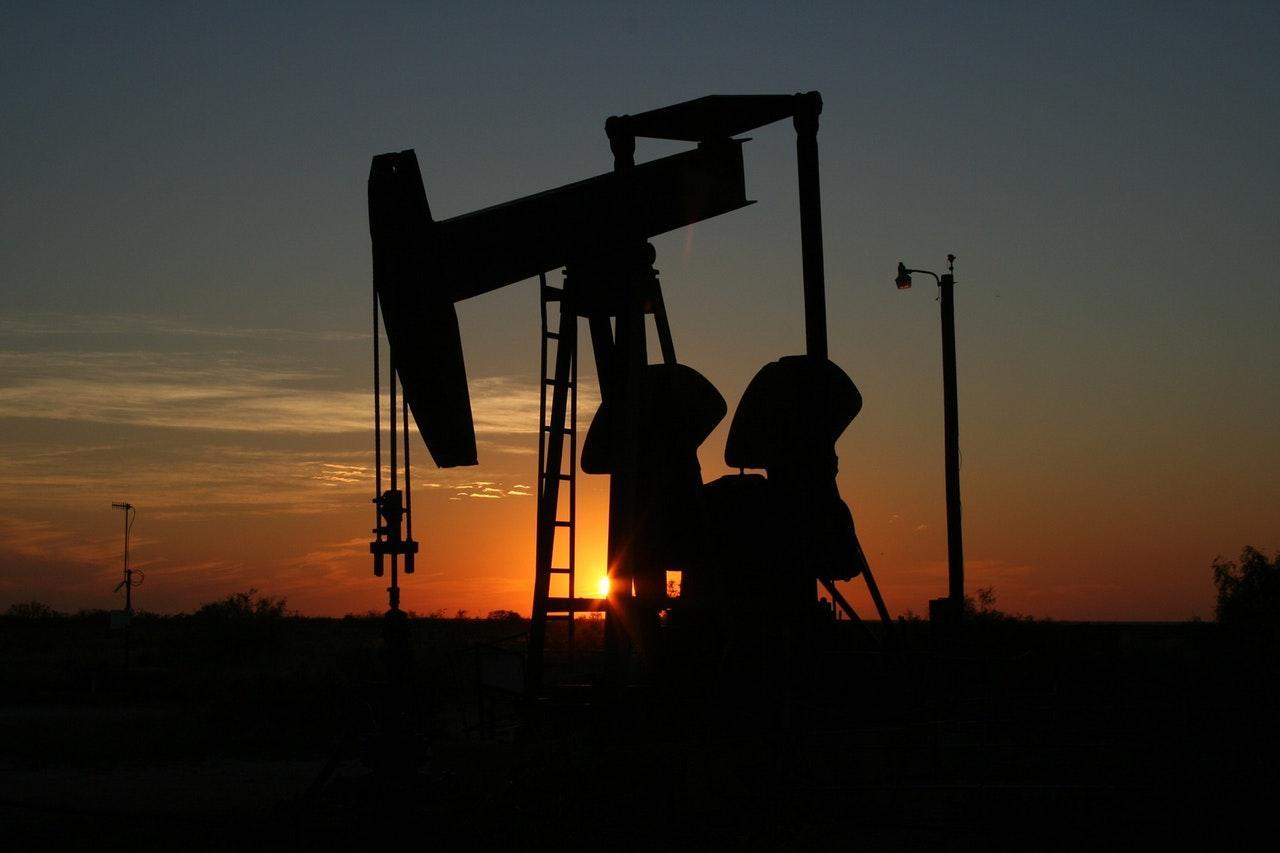 oil-monahans-texas-sunset-70362-1513903012110.jpeg