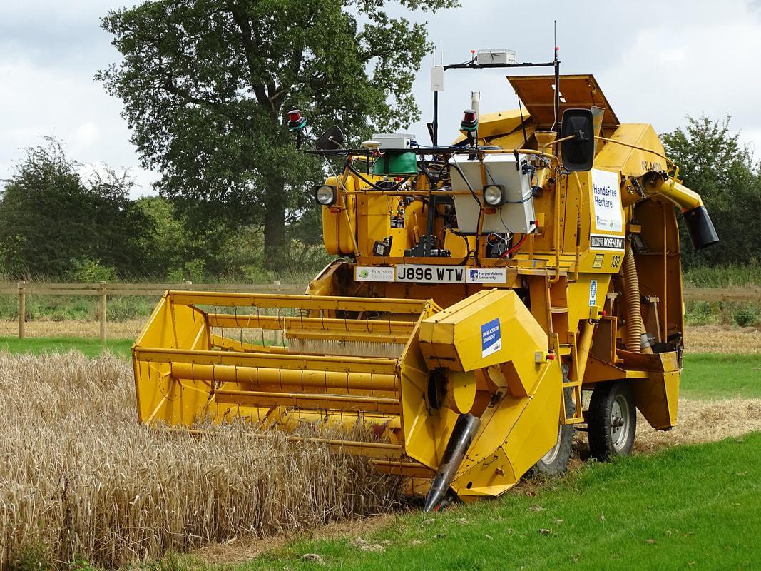 tractor-1507218027041-1507218029393.jpg