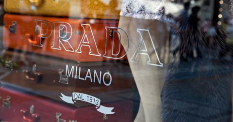prada-fur-free-1558554796342.jpg