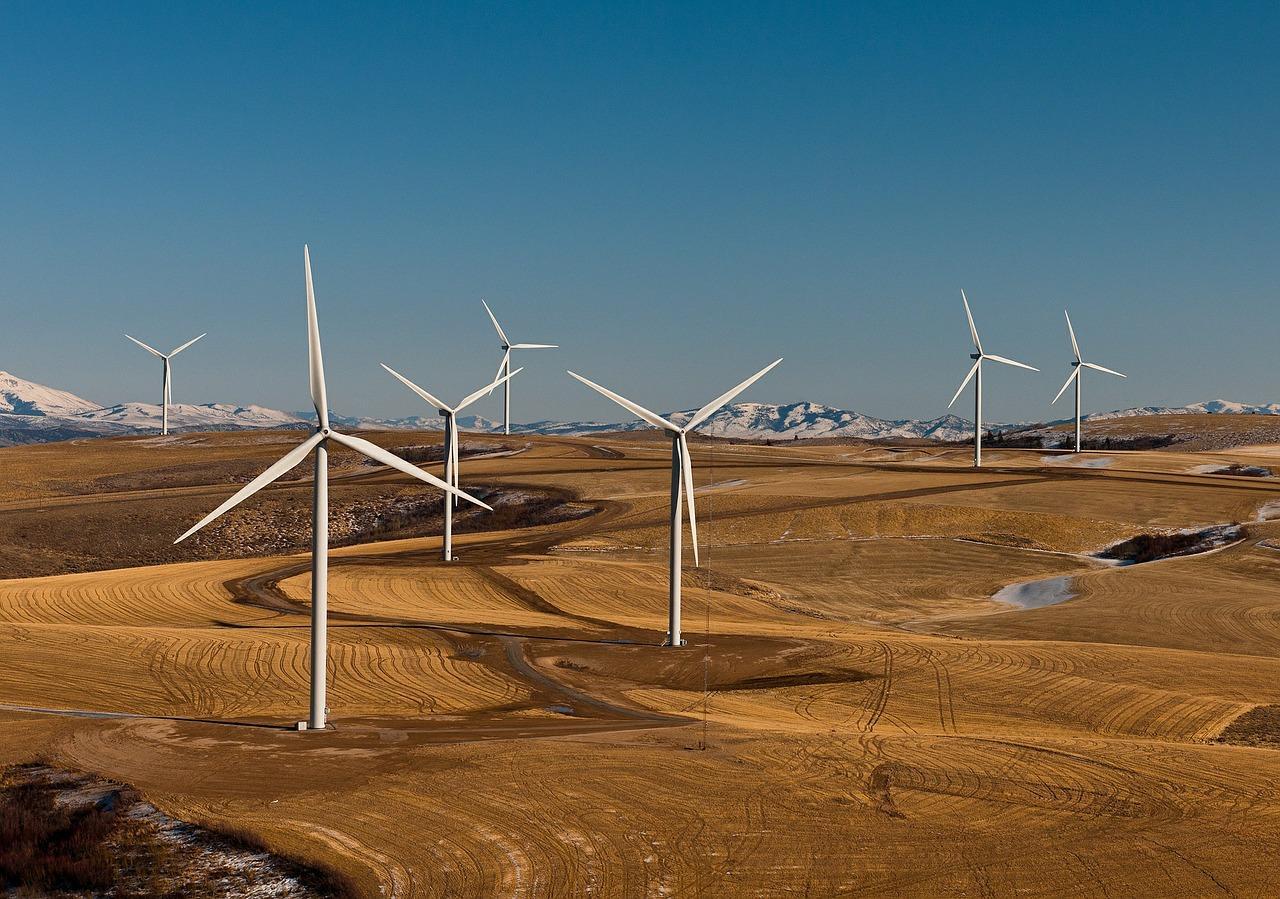 wind-farm-538576_1280-1502476944667.jpg