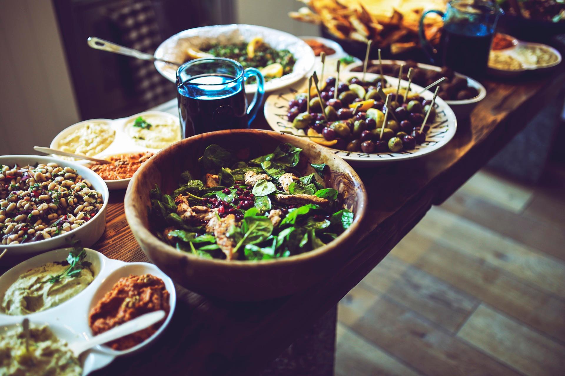 food-salad-healthy-vegetables-1493757207671.jpg