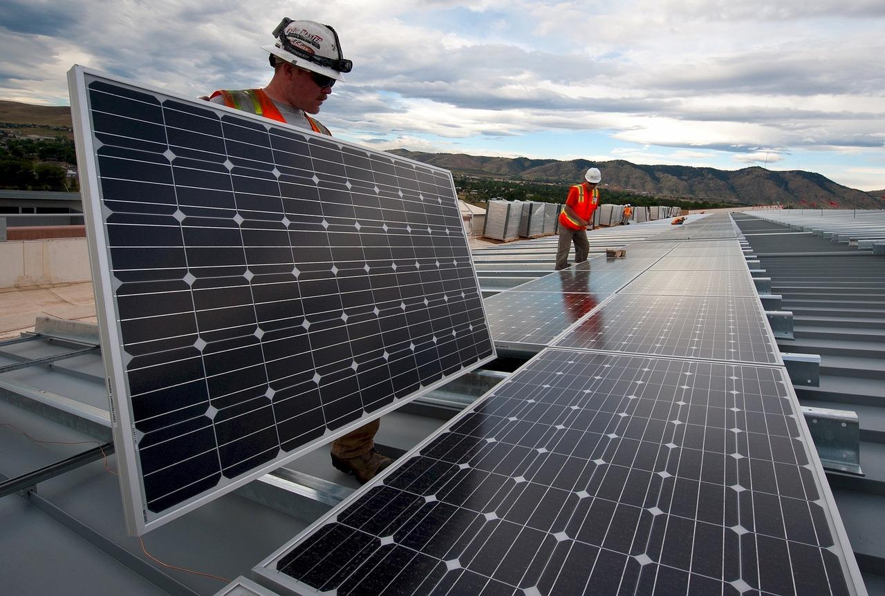 solar-panels-1794467_1280-1537992959571-1537992962079.jpg