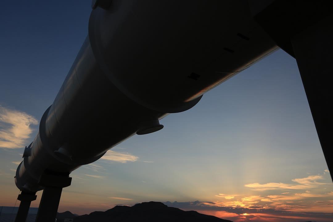 hyperloop-main-1509563152576-1509563156163.jpg