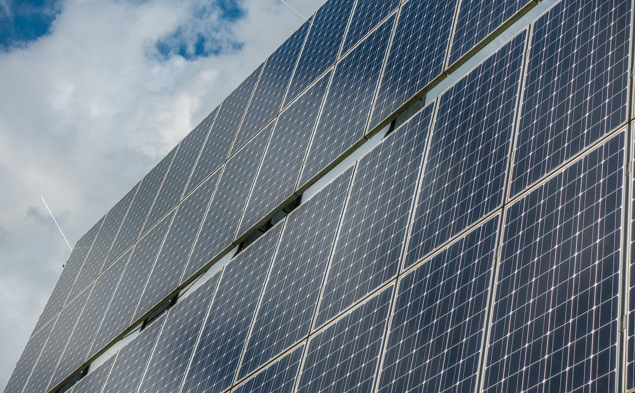 photovoltaic-system-2742306_1280(1)-1526051831417.jpg