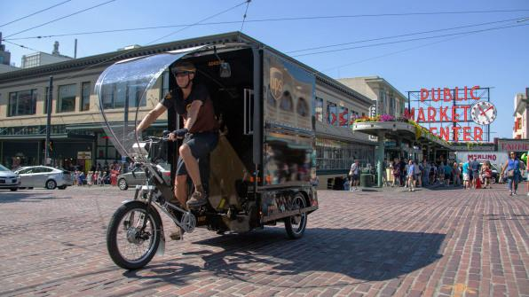 p-1-90254825-in-seattle-ups-is-testing-a-new-e-bike-that-could-keep-delivery-trucks-off-streets-1541084848483-1541084850111.jpg