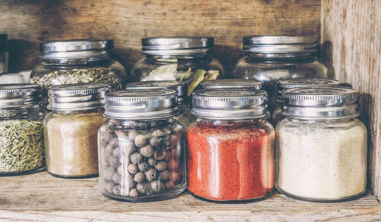 spices-jars-1533326112259-1533326114270.jpeg