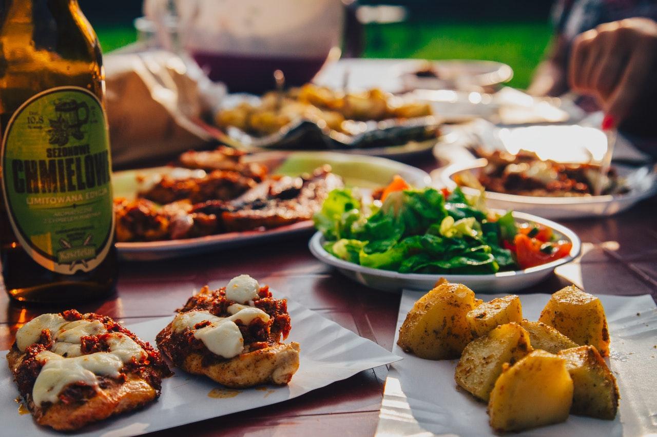 food-eating-potatoes-beer-8313-1535637899258-1535637901543.jpg