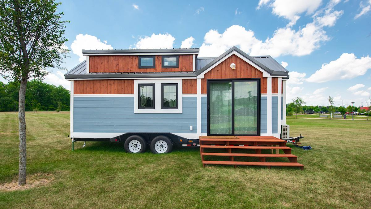 remaxtinyhome2-1532981659432-1532981661564.jpeg