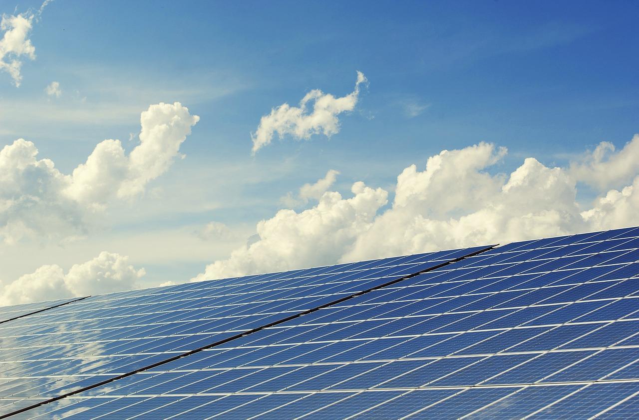 photovoltaic-2138992_1280-1528931564720.jpg
