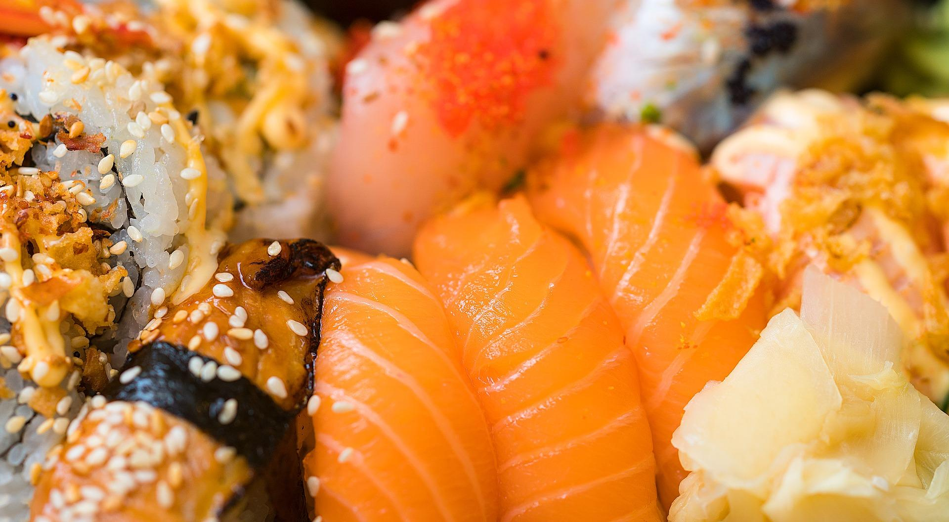 sushi-1858701_1920-1496863370134.jpg
