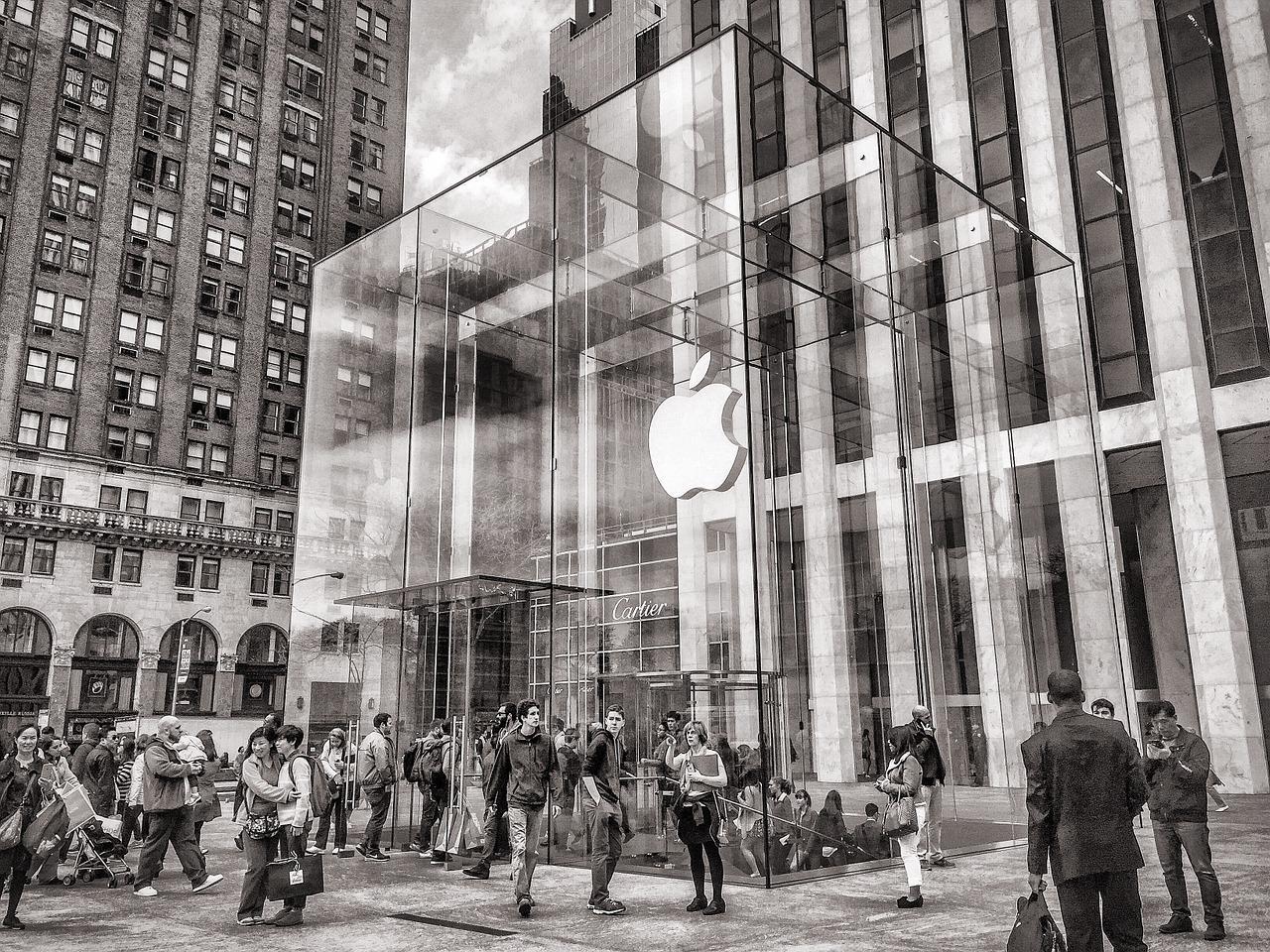 apple-763766_1280-1496167391429.jpg