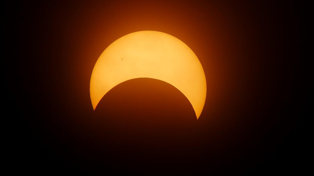 eclipse-1871740_1280-1502730645054-1502730647799.jpg