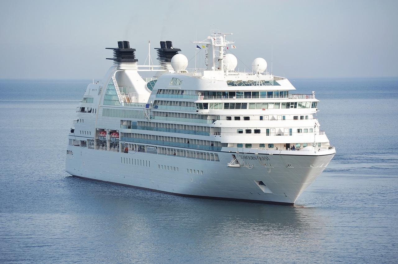 cruise-1578528_1280-1518545651076.jpg