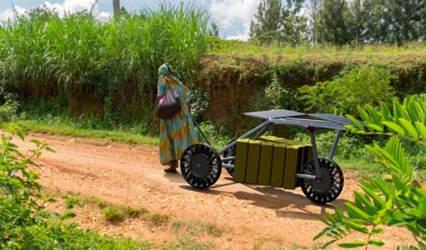 3d-printed-watt-r-cart-uses-solar-power-make-water-collection-easier-1-1509997919069-1509997921575.jpg