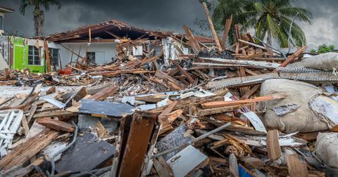 global-warming-effects-hurricanes-1576273848694.jpg