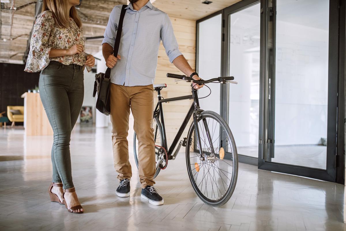 bike-to-work-green-commute-1545326509451.jpg