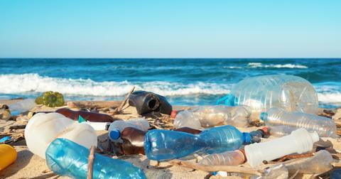 plastic-ocean-1595610551624.jpg