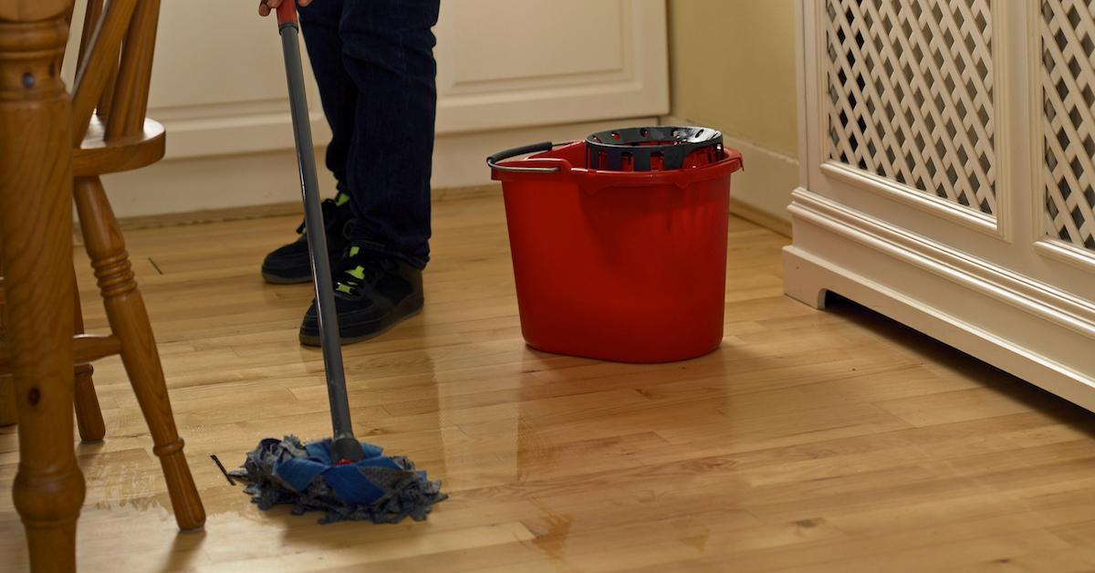DIY hardwood floor cleaners