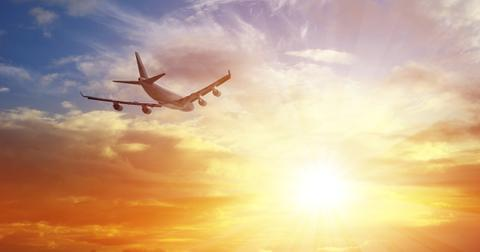 green-new-deal-air-travel-1581614608519.jpg