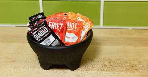 taco-bell-sauce-vegan-1574707622403.jpg