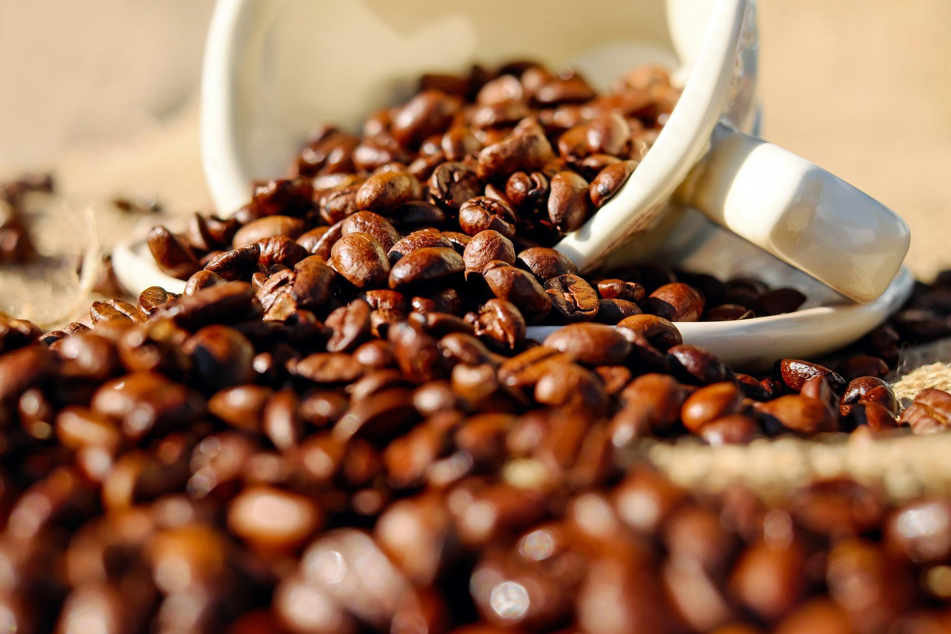 coffee-1576552_1920-1494016430757.jpg