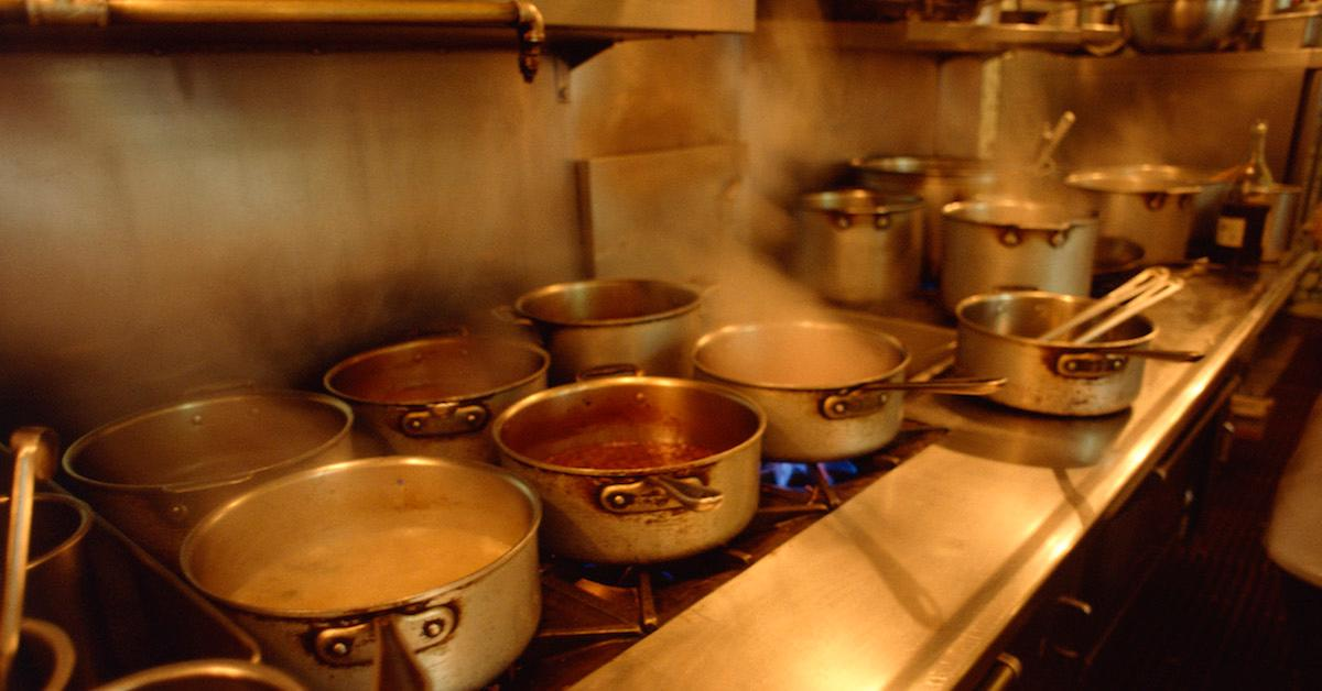 How to recycle old cookware