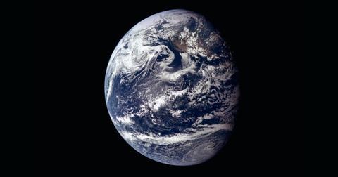 earth-spinning-rotation-1605725161986.jpg