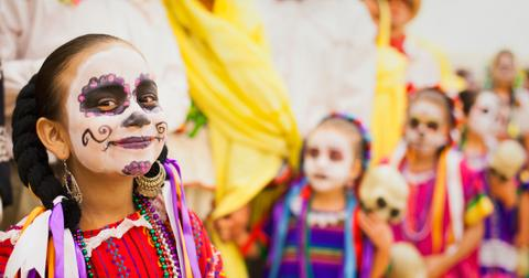 day-of-the-dead-traditions-1603826431376.jpg