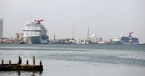 carnival-cruise-polluting-1559755043510.jpg