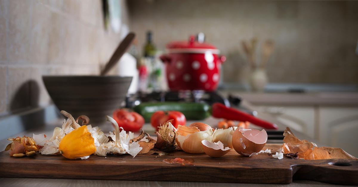 vegetables-food-scraps-1548436705451.jpg