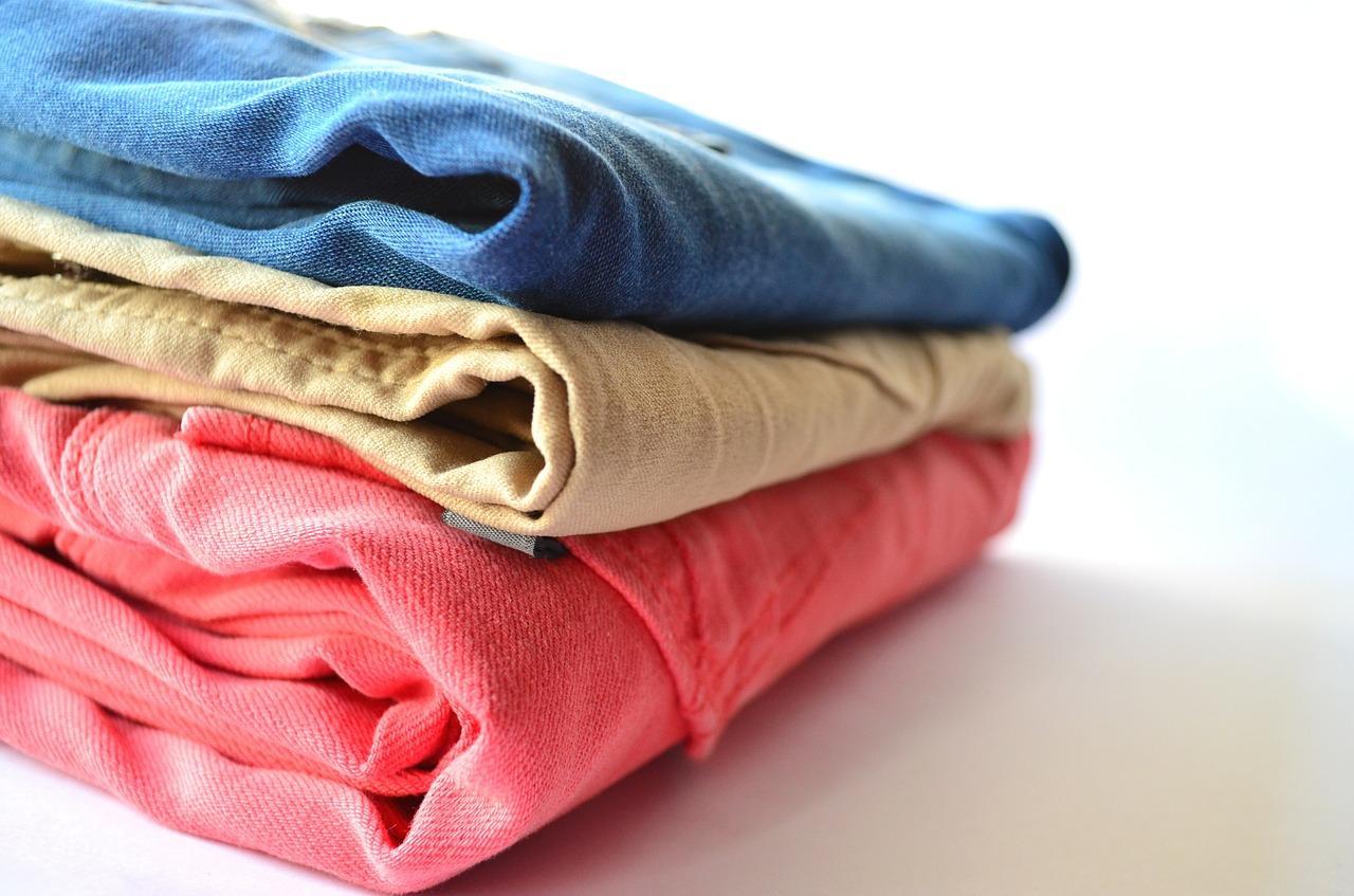 clothes-166848_1280-1522253995019.jpg
