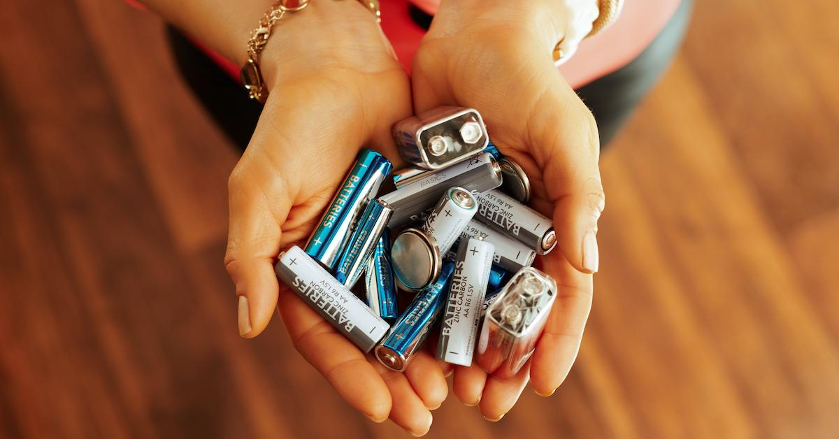 battery-recycling-1588363313251.jpg