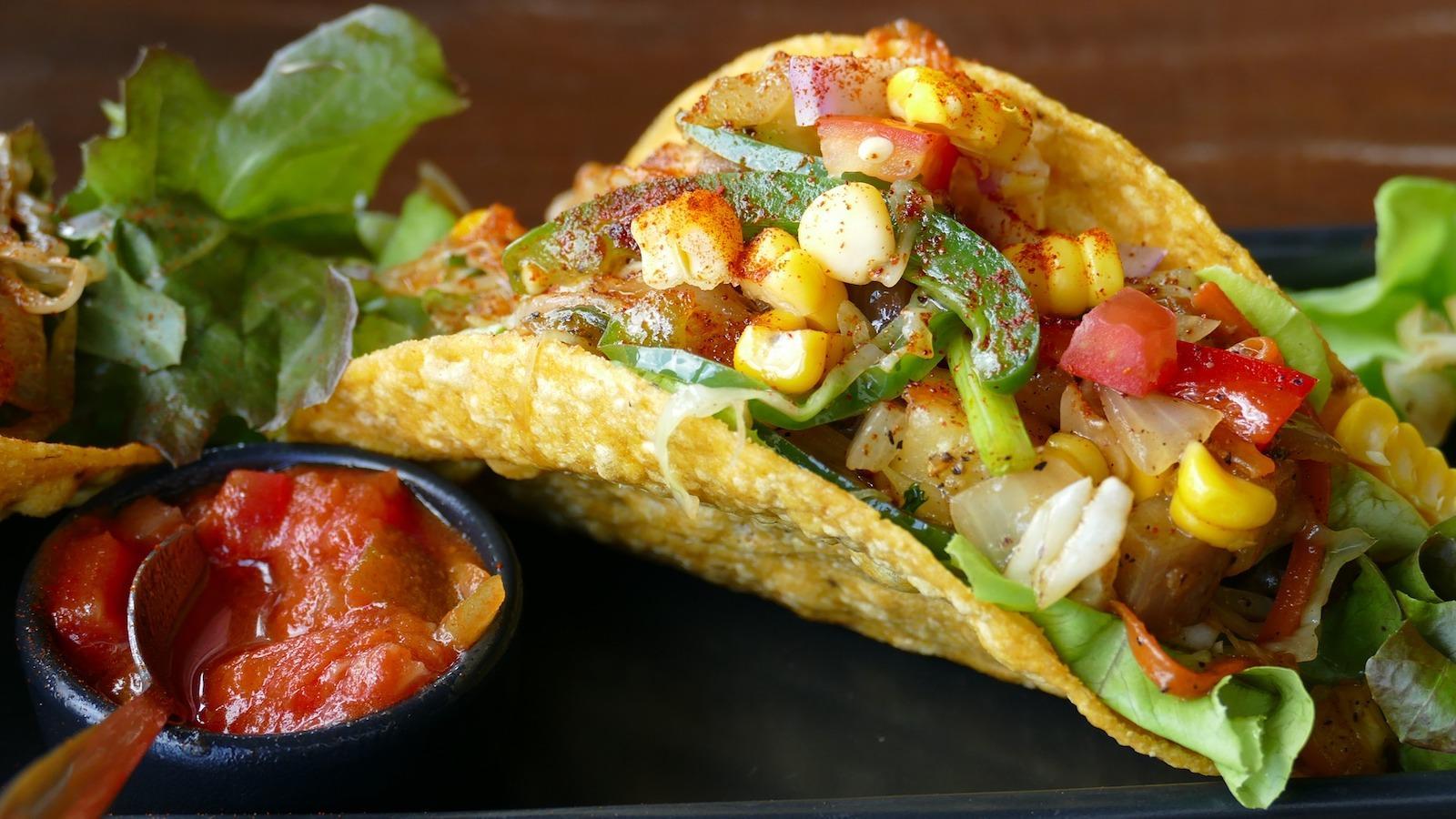 tacos-1613795_1920-1501018912331.jpg