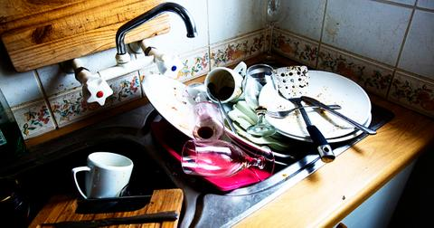 doing-dishes-sustainably-1560956008367.jpg