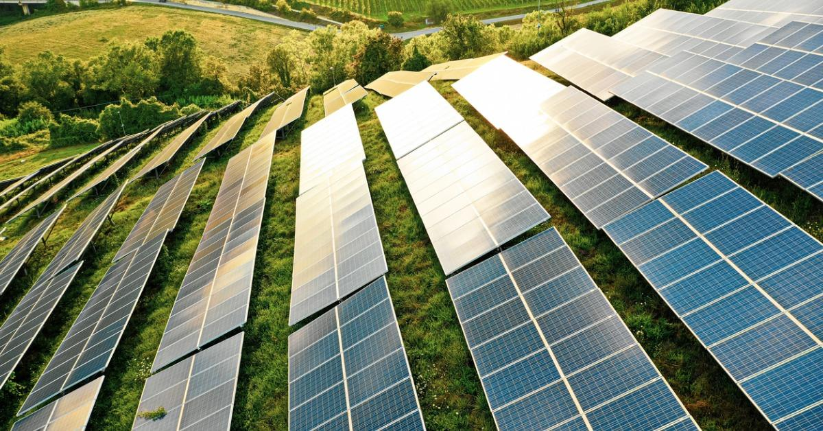 Here's How Renewable Energy Affects the Environment